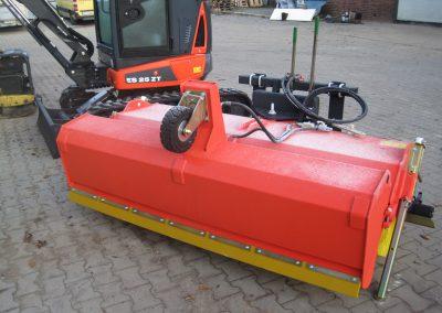 ADLER – Kehrmaschine Typ K610 1 - Dirkes Baumaschinen